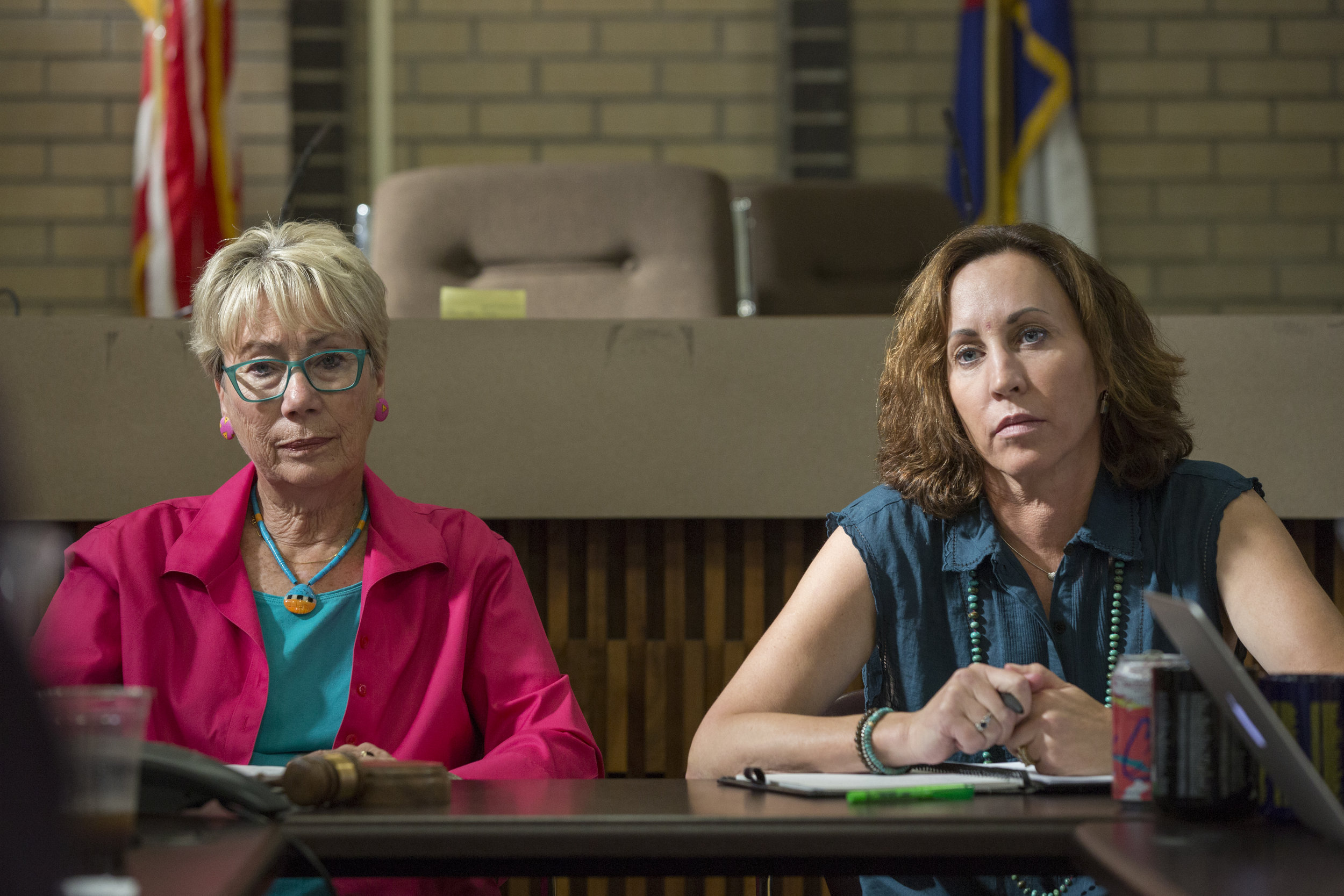 Durango Mayor Sweetie Marbury, left, and Mayor Pro Tem Melissa Youssef discuss the fate of the homeless population of Durango during a city council meeting on July 25, 2018. (Scott DW Smith, Special to The Colorado Sun)